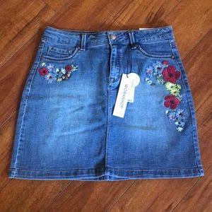 NWT Embroidered Denim Skirt